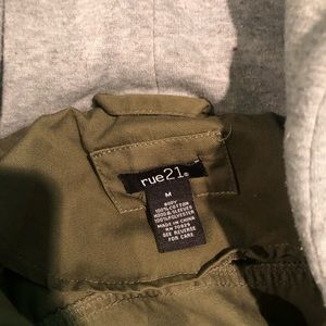 Green cargo jacket with grey sleeves